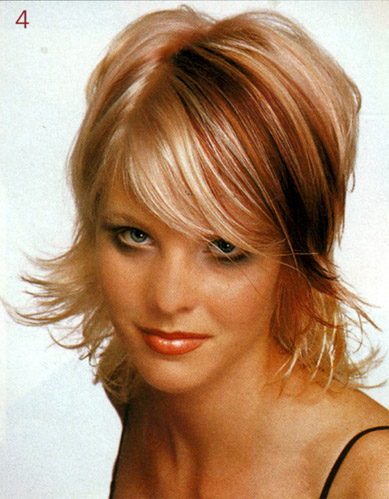 Стрижки для средних волос. Фото.